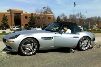 Alpina-tuned BMW Z8 gets rear-ended by a Dodge Stratus