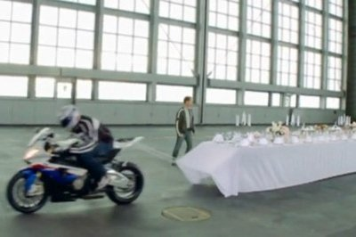 BMW S1000RR pulls tablecloth off table in a blink of an eye!