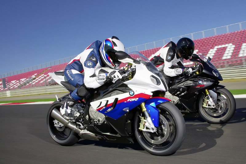 BMW says no to naked S1000RR