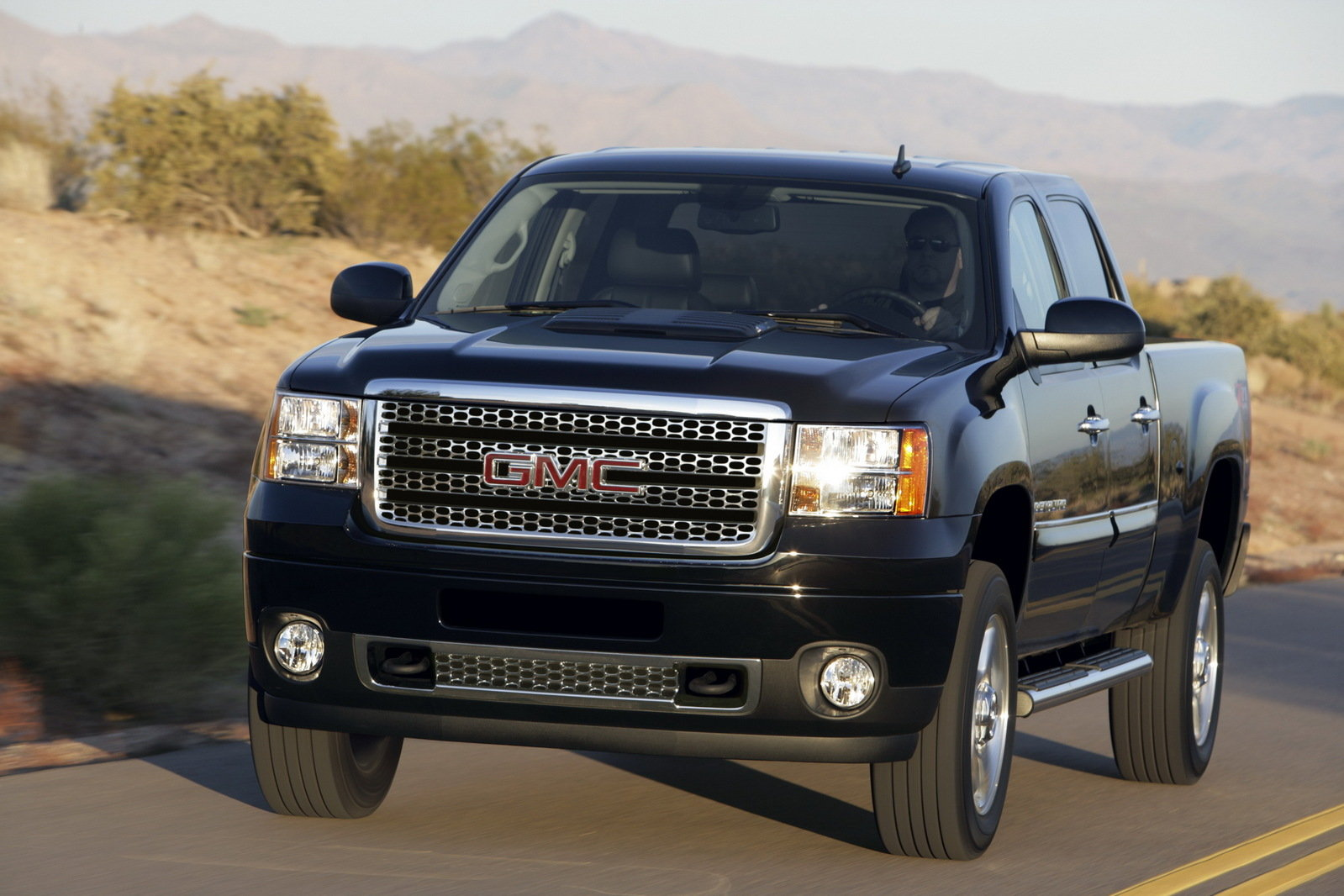 2011 GMC Sierra Denali HD Pictures, Photos, Wallpapers ...