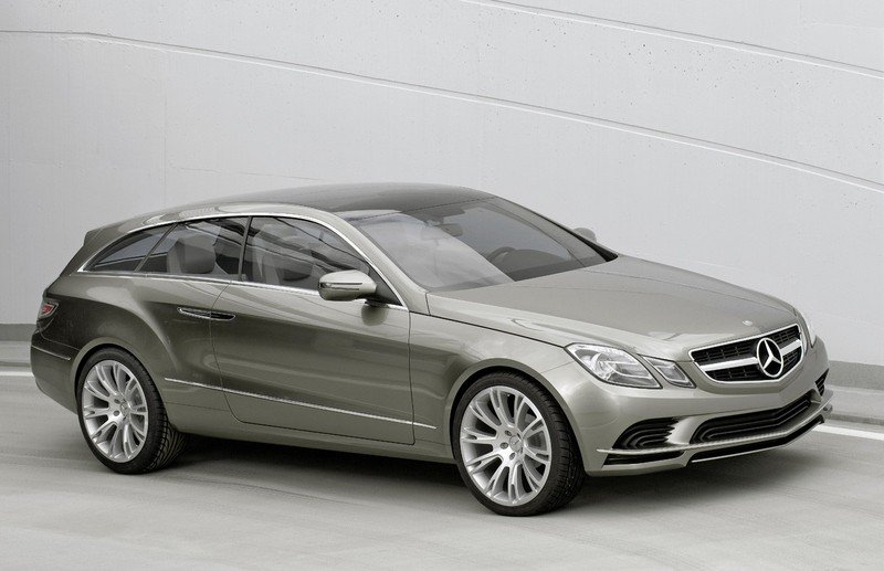 Mercedes CLS Station Wagon on sale in 2012