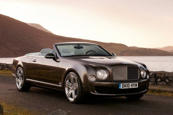 bentley mulsanne convertible to be called azure news top speed. Black Bedroom Furniture Sets. Home Design Ideas