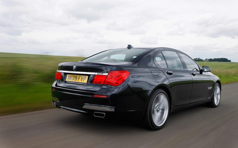 2010 BMW 740d xDrive High Resolution Exterior - image 358140