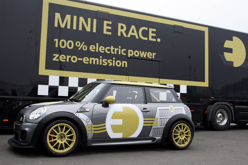 Video: MINI-E posts sub 10-minute lap at the Nurburgring