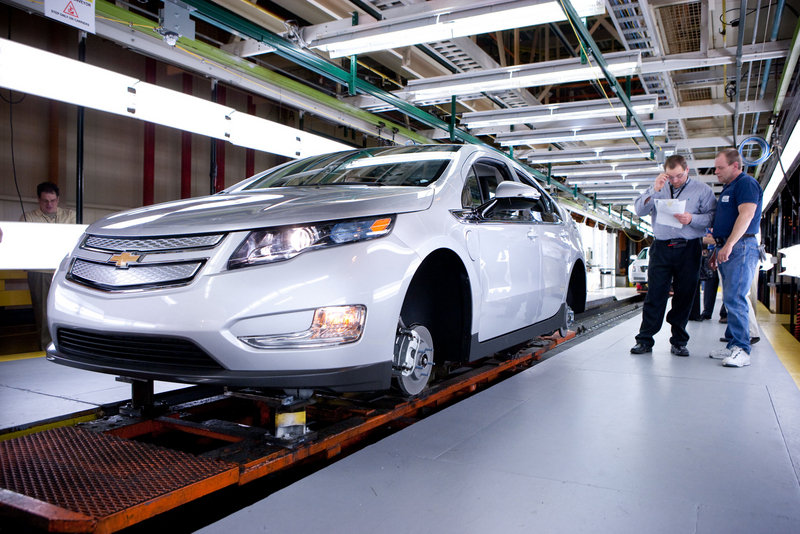 First pre-production model of Chevrolet Volt rolls out of assembly line