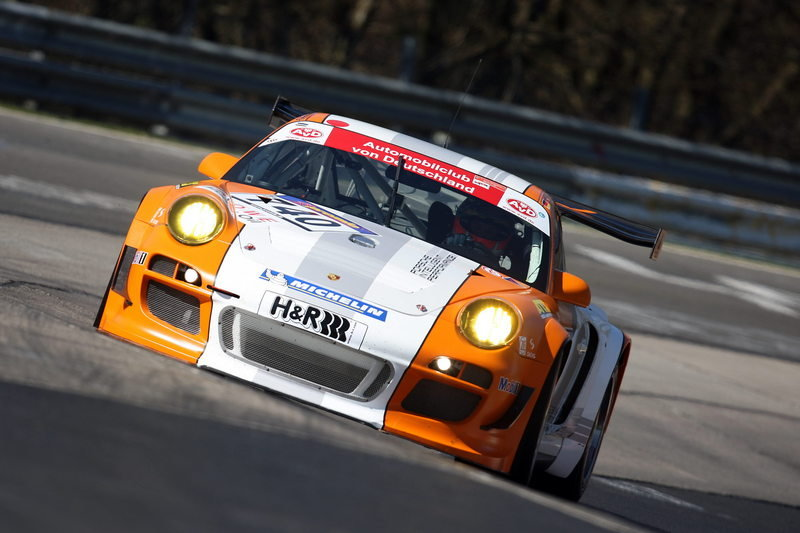 Porsche 911 GT3 R Hybrid makes successful Nordschleife debut High Resolution Exterior - image 359470