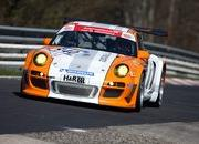 Porsche 911 GT3 R Hybrid makes successful Nordschleife debut - image 359471