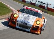 Porsche 911 GT3 R Hybrid makes successful Nordschleife debut - image 359474