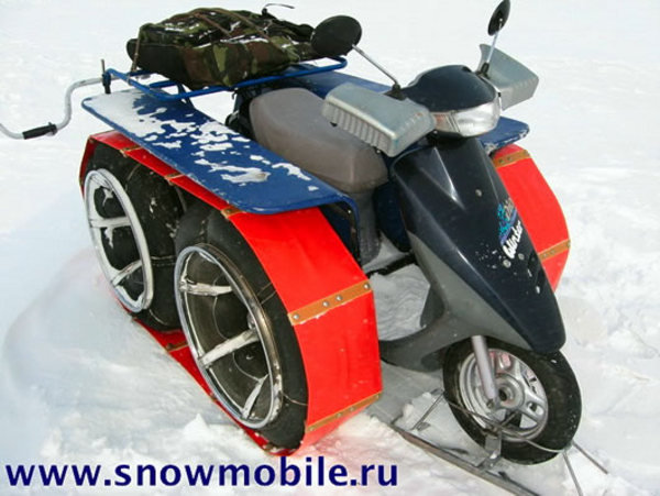 russian modified scooter does well on snow picture