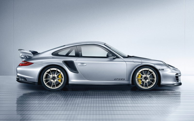 2011 Porsche 911 GT2 RS High Resolution Exterior - image 361475