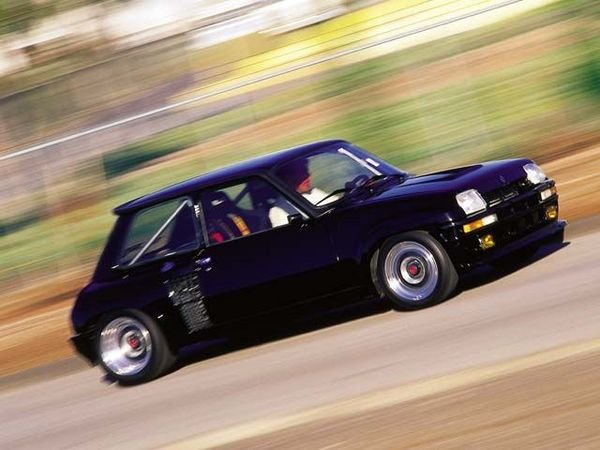 1985 renault r5 turbo ii car review top speed. Black Bedroom Furniture Sets. Home Design Ideas