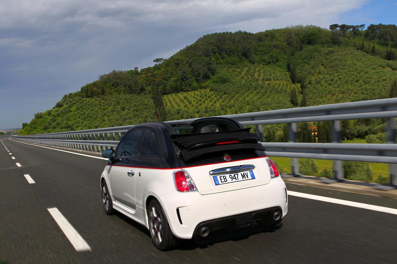 2010 abarth 500c picture 365592 car review top speed for Garage abarth paris