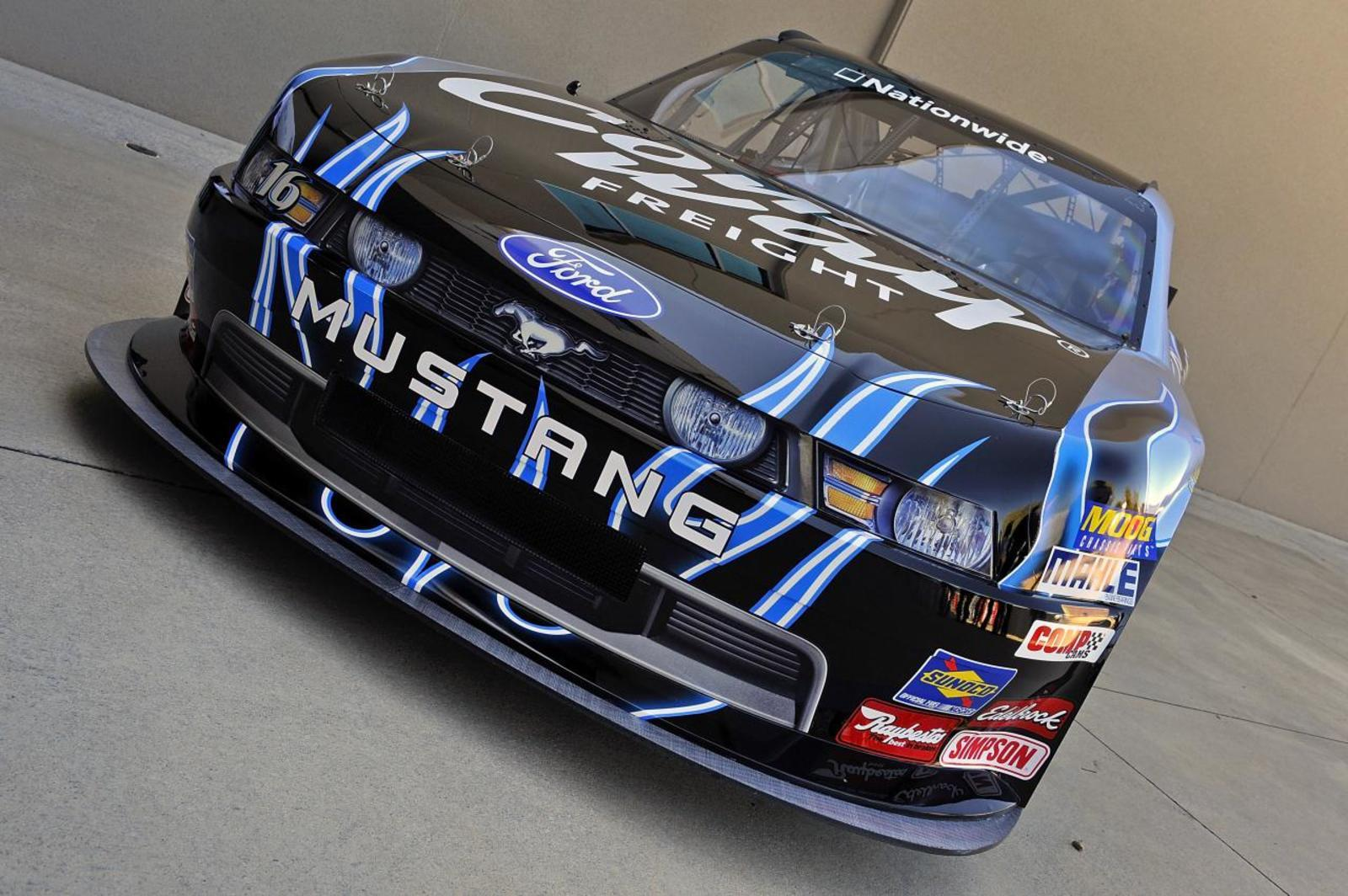 Nascar Racing Games >> 2010 Ford Mustang NASCAR Nationwide Series Race Car Review - Top Speed