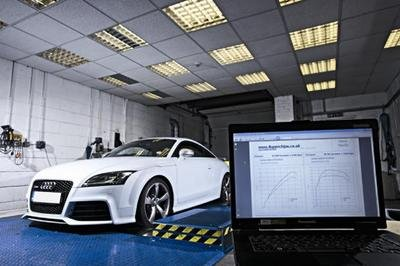 2010 Audi TT-RS with 401 HP by Superchips