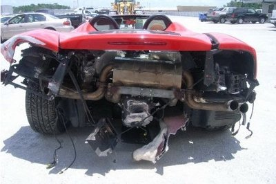 Ferrari 360 Spider gets rear-ended by reckless driver