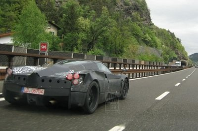 Pagani C9 test mule spotted back on the road doing some testing