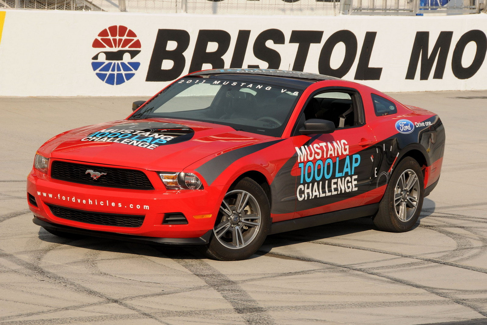 the 2011 ford mustang v6 sets a new record of 48 5 mpg on. Black Bedroom Furniture Sets. Home Design Ideas