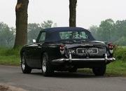 1965 Aston Martin DB5 Vantage Convertible auctioned for $830K - image 368212