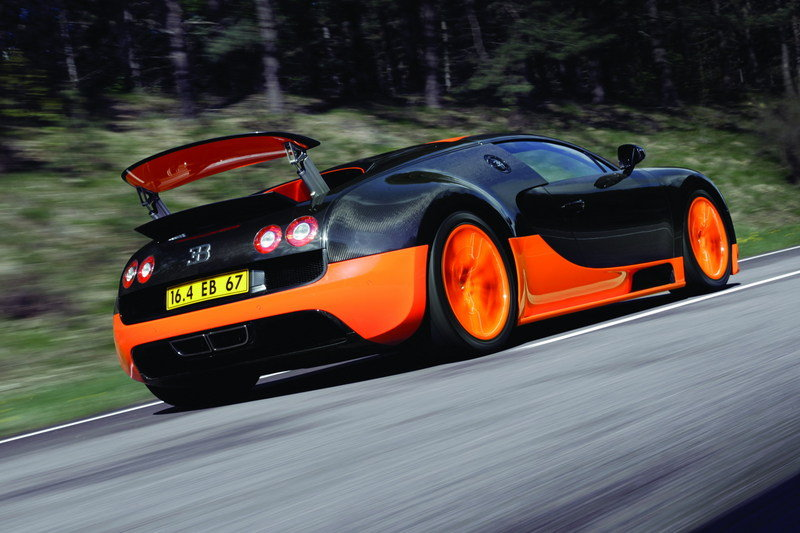 5 Cars That Could Hit 300 MPH and 5 That Don't Quite Make It