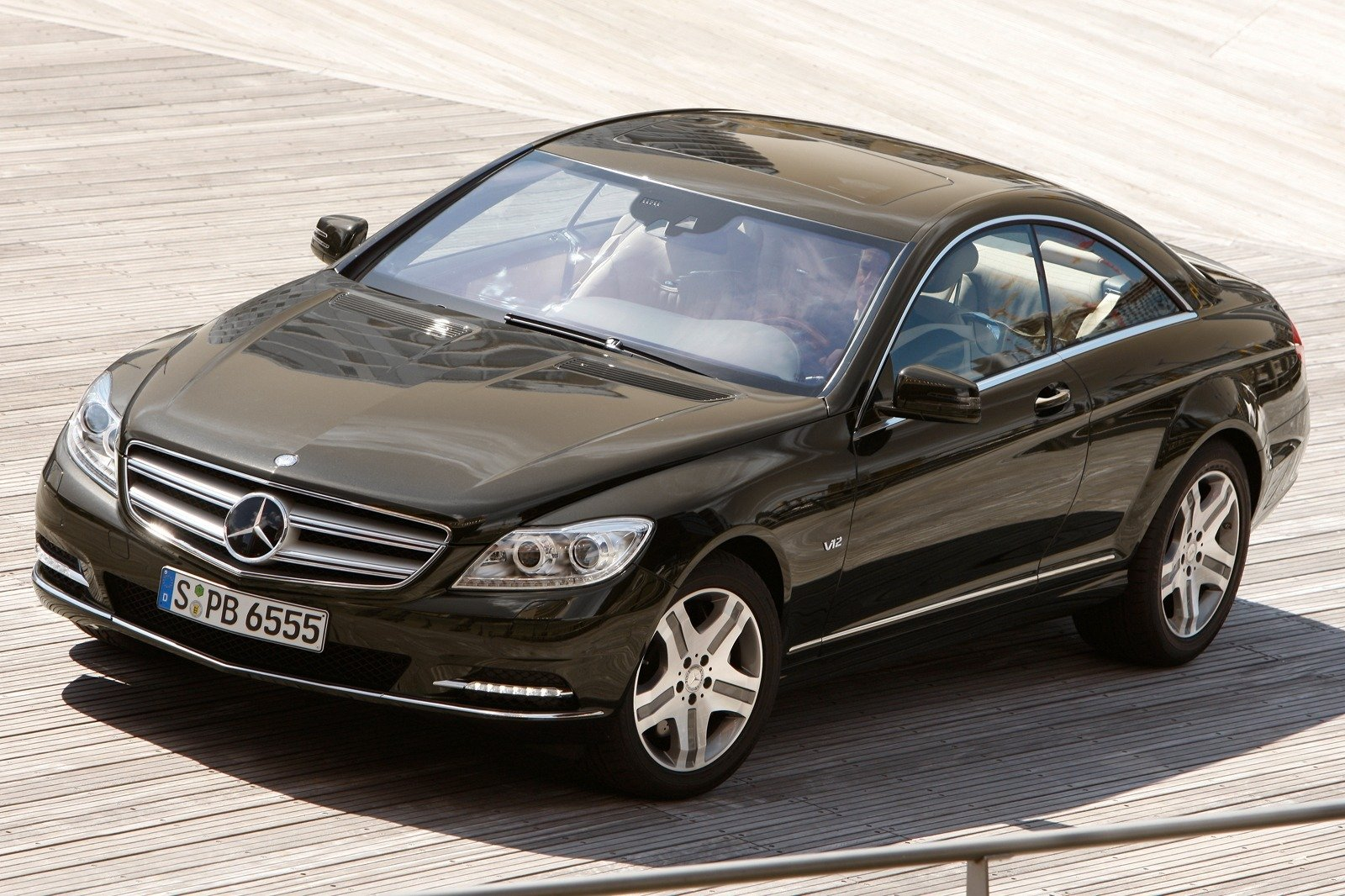 2011 mercedes cl class review top speed. Black Bedroom Furniture Sets. Home Design Ideas