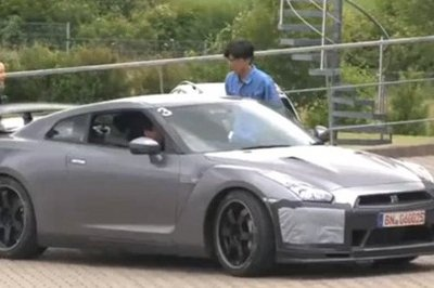 2011 Nissan GT-R Spec M spied at Nurburgring