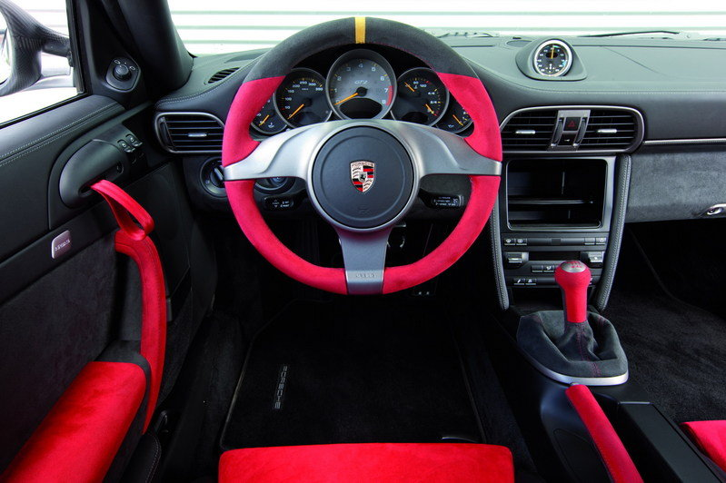 2011 Porsche 911 GT2 RS High Resolution Interior - image 369834