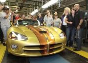 Last Dodge Viper rolls out of the production plant - image 367790