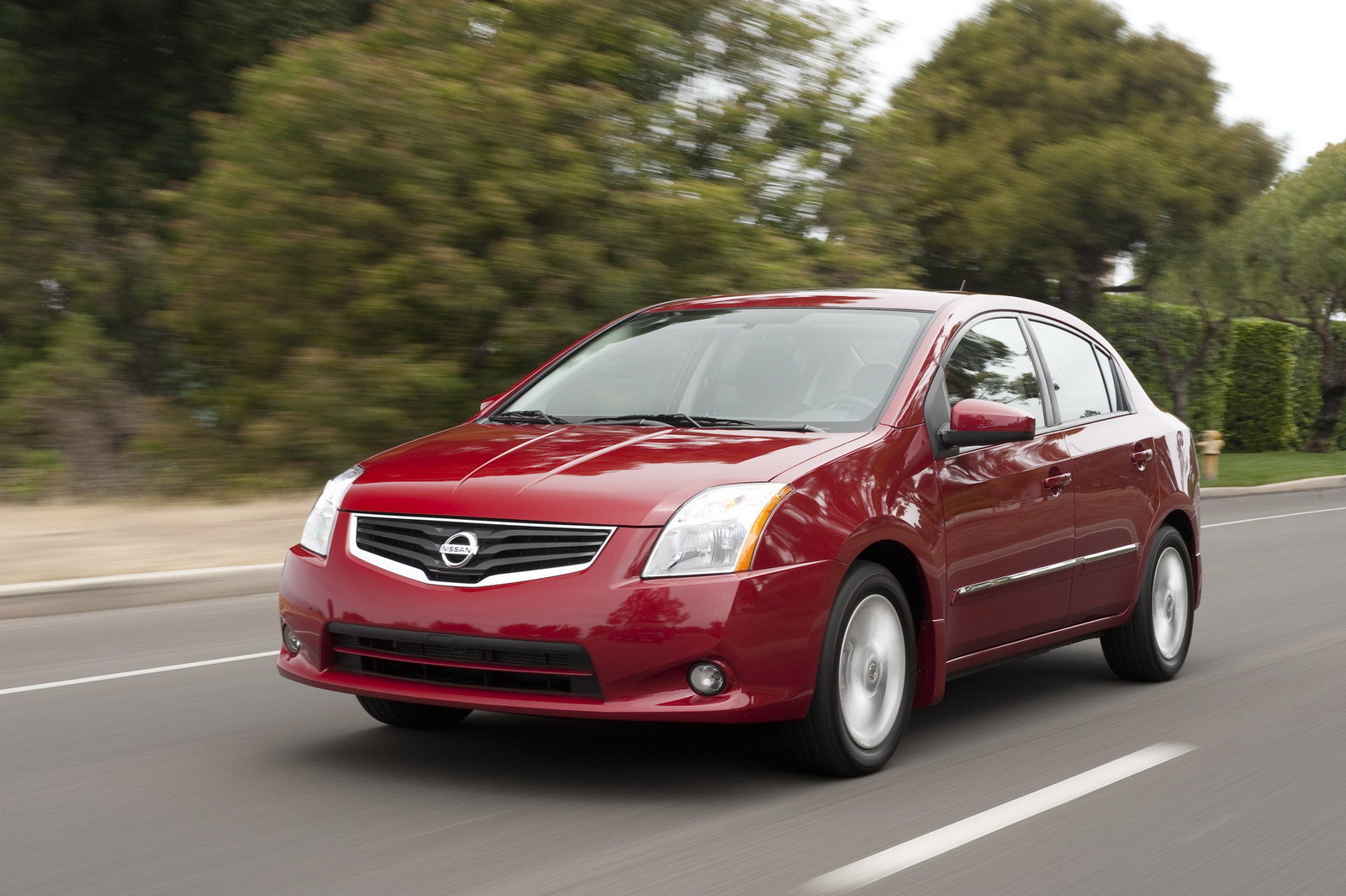 2011 nissan sentra review top speed. Black Bedroom Furniture Sets. Home Design Ideas