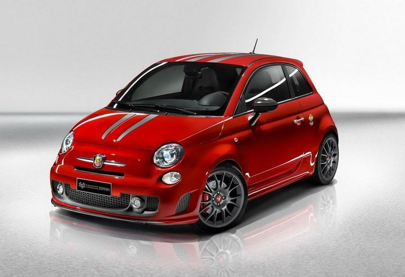 2010 Abarth 695 Tributo Ferrari UK Edition