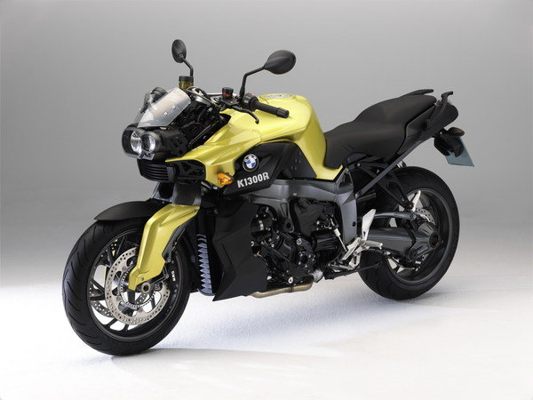 bmw f 800 st touring and k 1300 r dynamic special editions picture