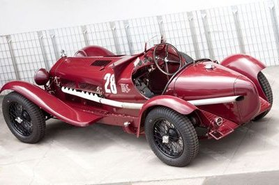 Gooding & Company to auction 1995 McLaren F1 and 1933 Alfa Romeo 8C Monza at Pebble Beach