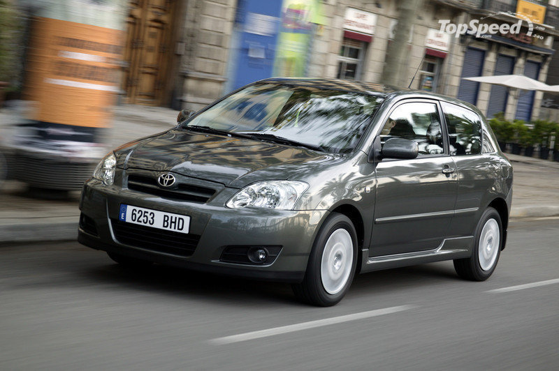 Toyota to recall 1.13 million Corollas and Matrix over electronic problems