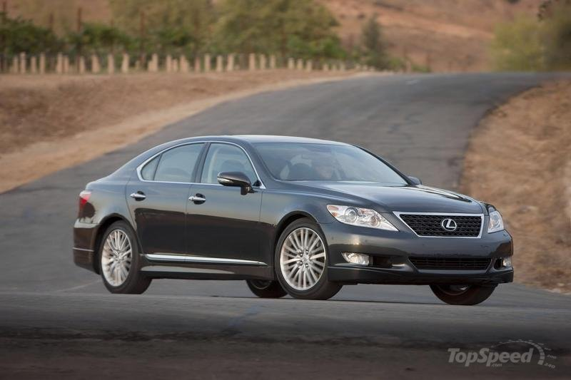 1,000 Miles In A Lexus LS460L: Day 1