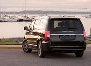 2011 Chrysler Town & Country - image 374581