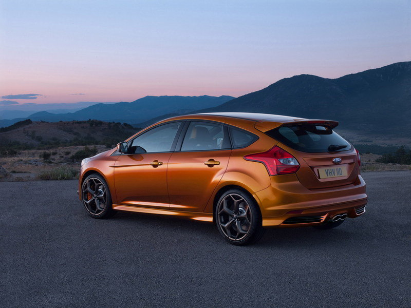 2011 ford focus st review top speed. Black Bedroom Furniture Sets. Home Design Ideas