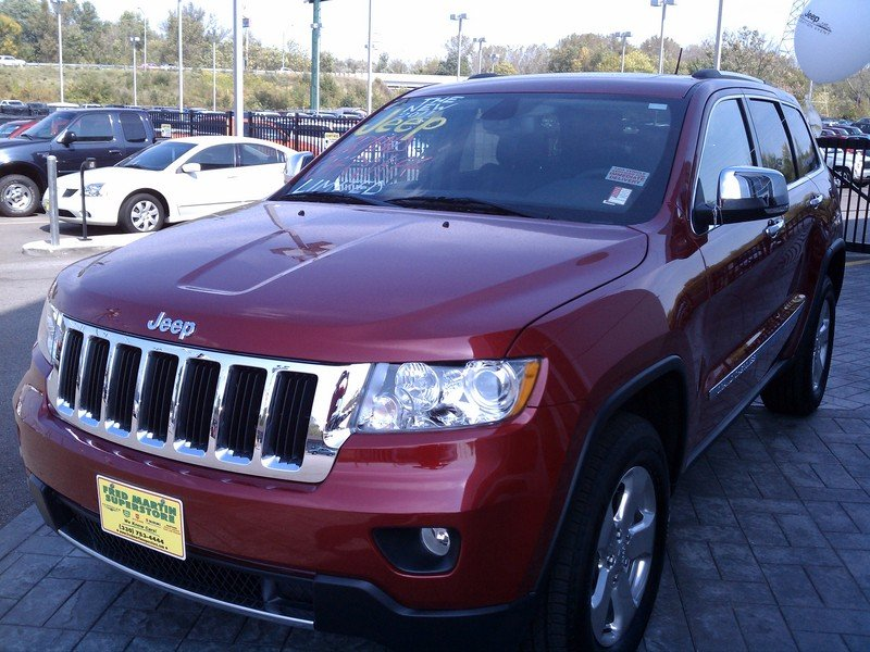 A Whole New Direction: 2011 Jeep Grand Cherokee