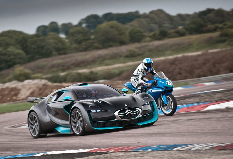 Electric battle: Citroen Survolt vs Agni Z2 wallpaper image