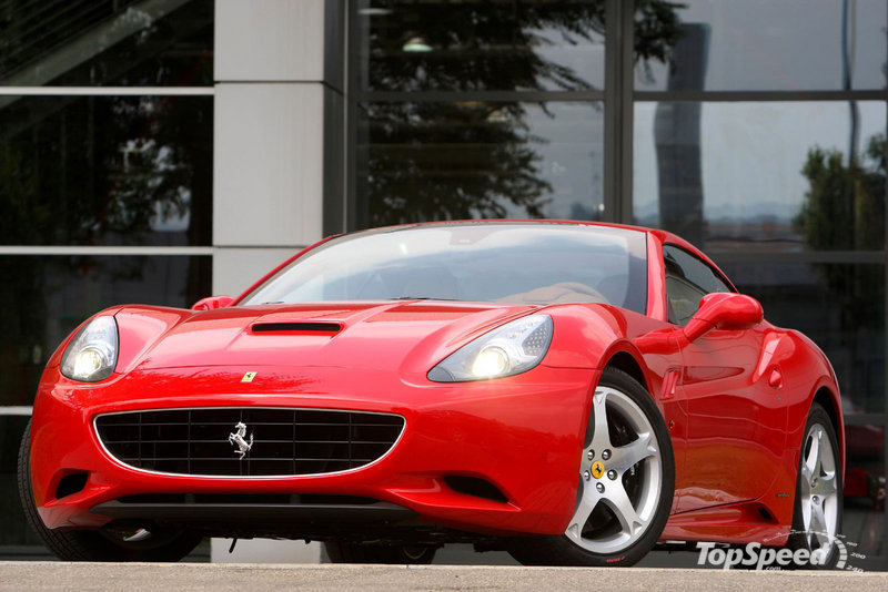 "Ferrari to unveil ""green"" California in Paris?"