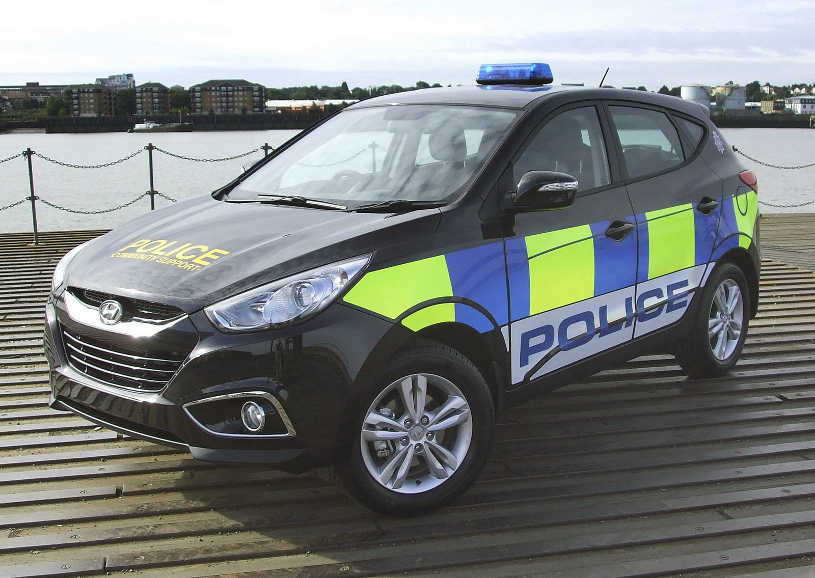 2011 hyundai ix35 police review top speed. Black Bedroom Furniture Sets. Home Design Ideas