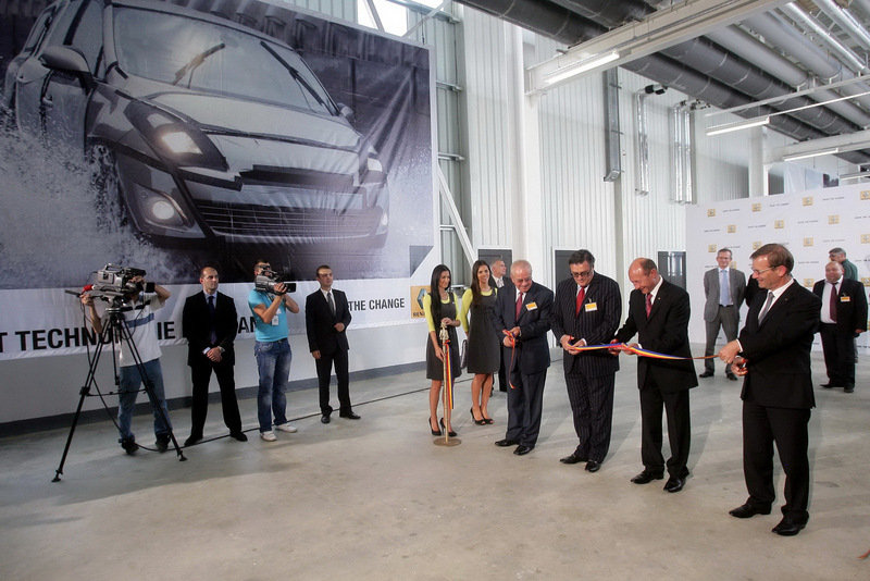 Renault opens new development and testing center in Romania