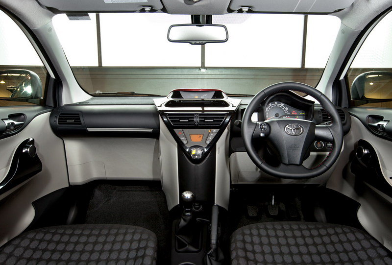 2011 Toyota iQ High Resolution Interior - image 375795