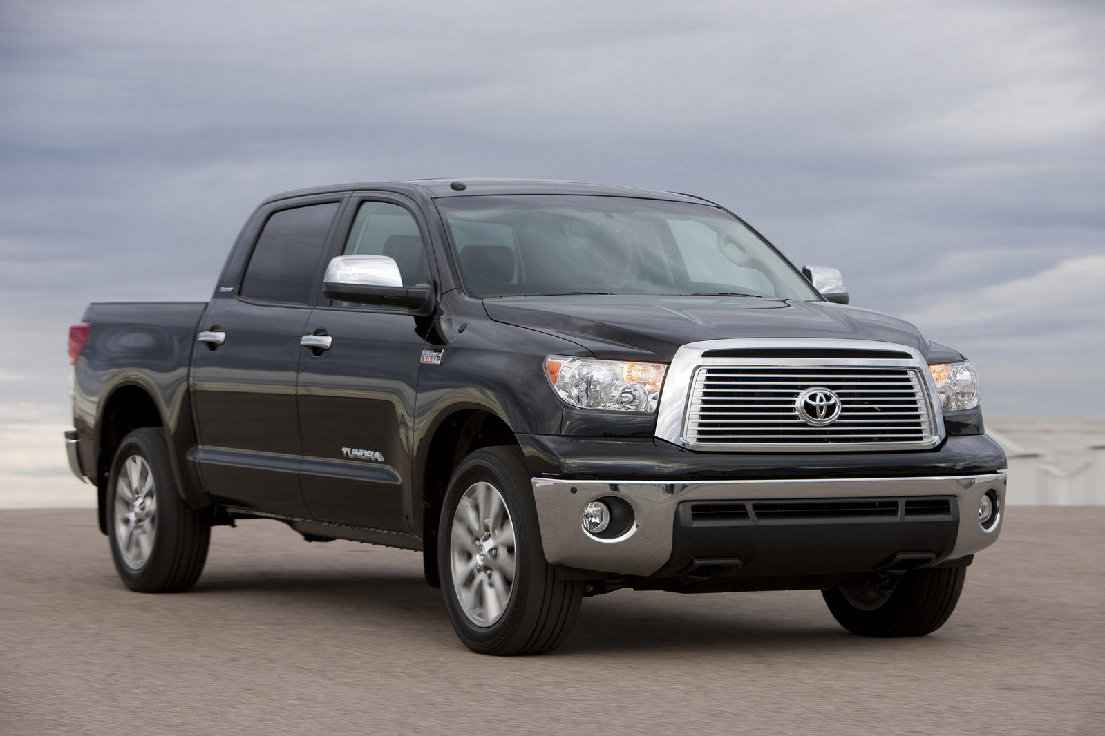 Toyota Tundra Towing Capacity >> 2011 Toyota Tundra Review - Top Speed