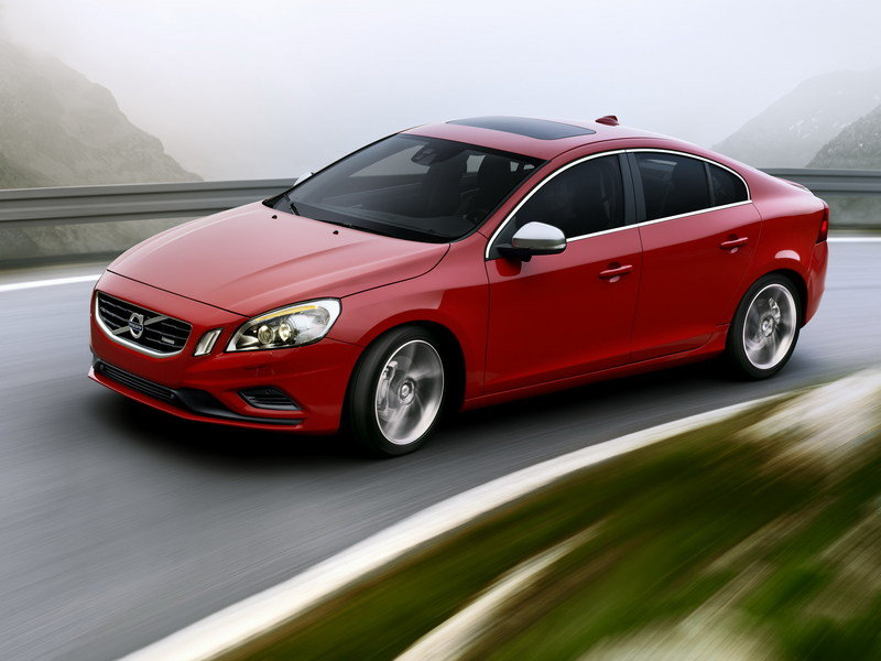 2011 Volvo S60 and V60 R-Design