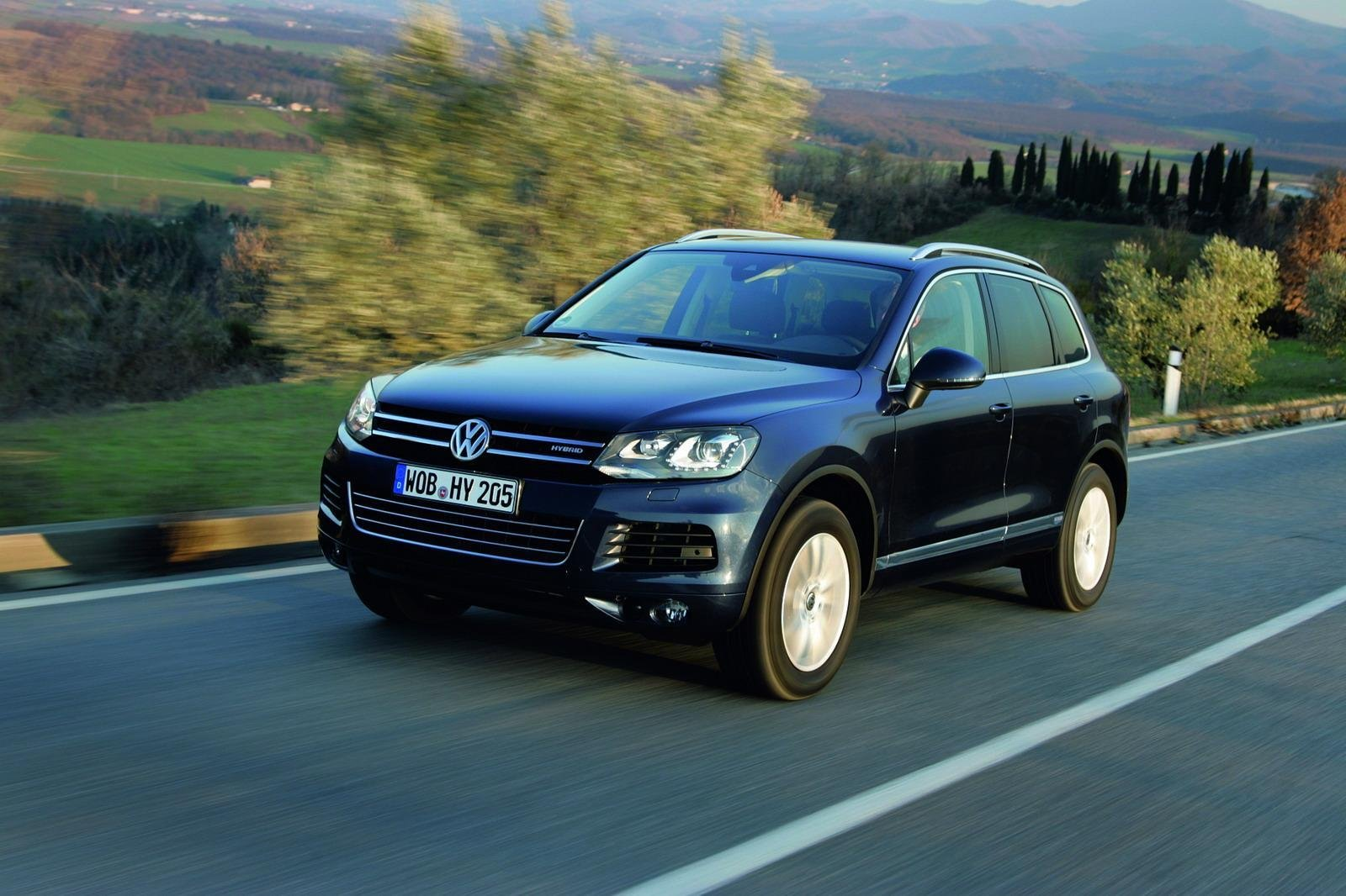 2011 volkswagen touareg hybrid review gallery top speed. Black Bedroom Furniture Sets. Home Design Ideas