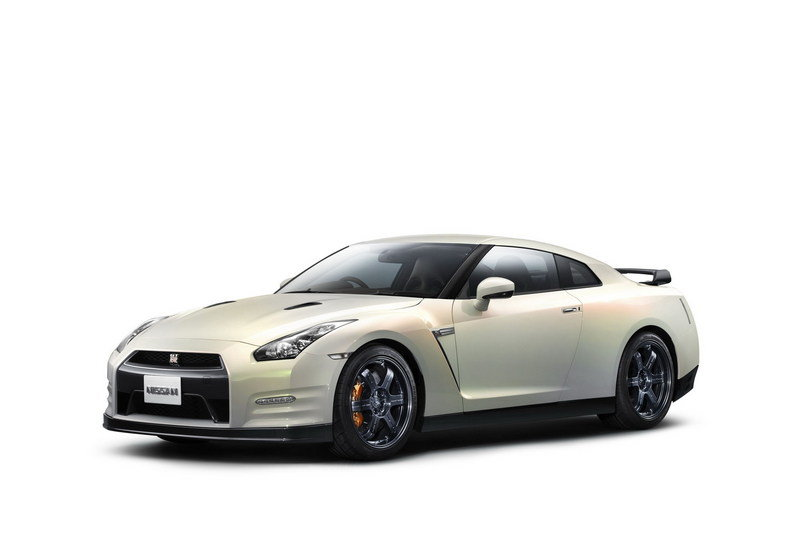 2012 Nissan GT-R High Resolution Exterior - image 378052