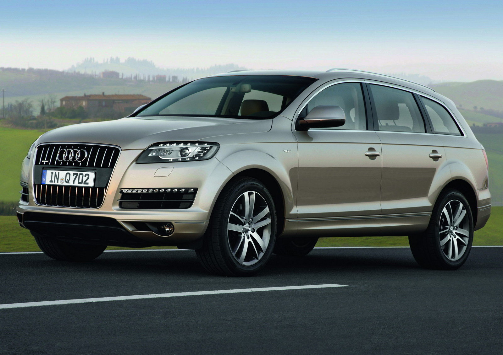 2011 audi q7 3 0 tdi quattro review top speed. Black Bedroom Furniture Sets. Home Design Ideas