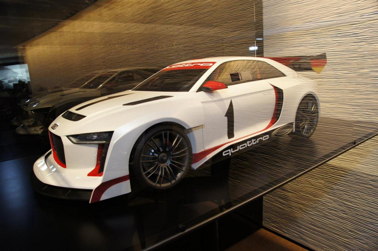 2011 audi quattro concept rally review gallery top speed. Black Bedroom Furniture Sets. Home Design Ideas