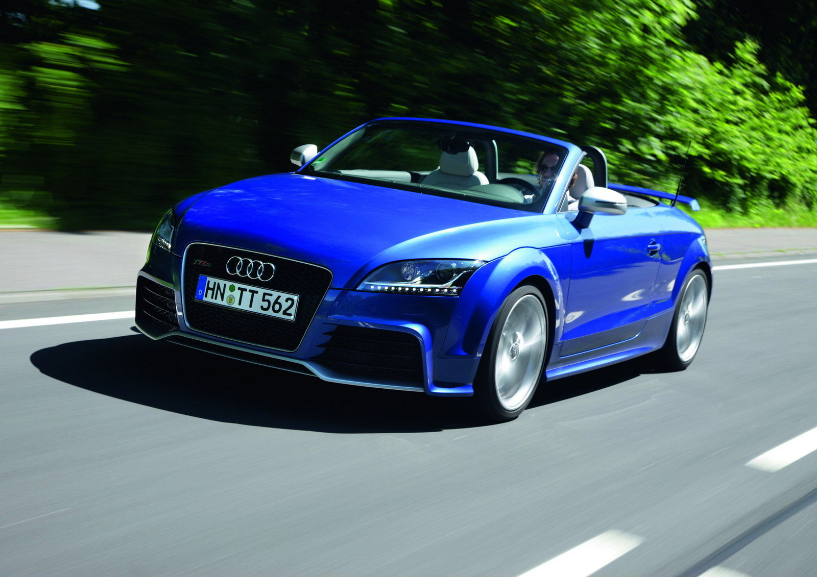 2011 audi tt rs s tronic review top speed. Black Bedroom Furniture Sets. Home Design Ideas