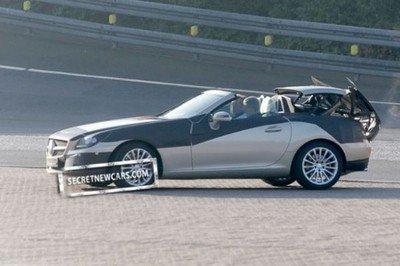 Next Mercedes SLK with Magic Sky Control spied