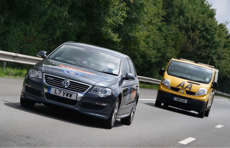 Volkswagen Passat BlueMotion sets world record for longest drive on one tank of gas